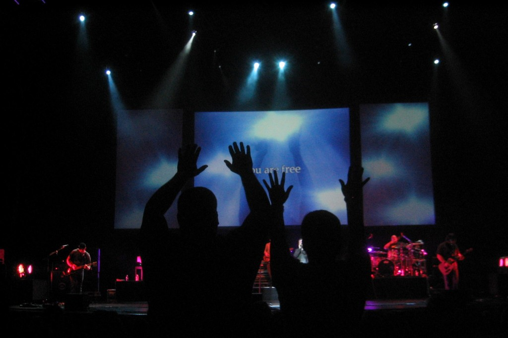 03-25-06 Casting Crowns Tour - Rosemont, IL 011 psalm 100