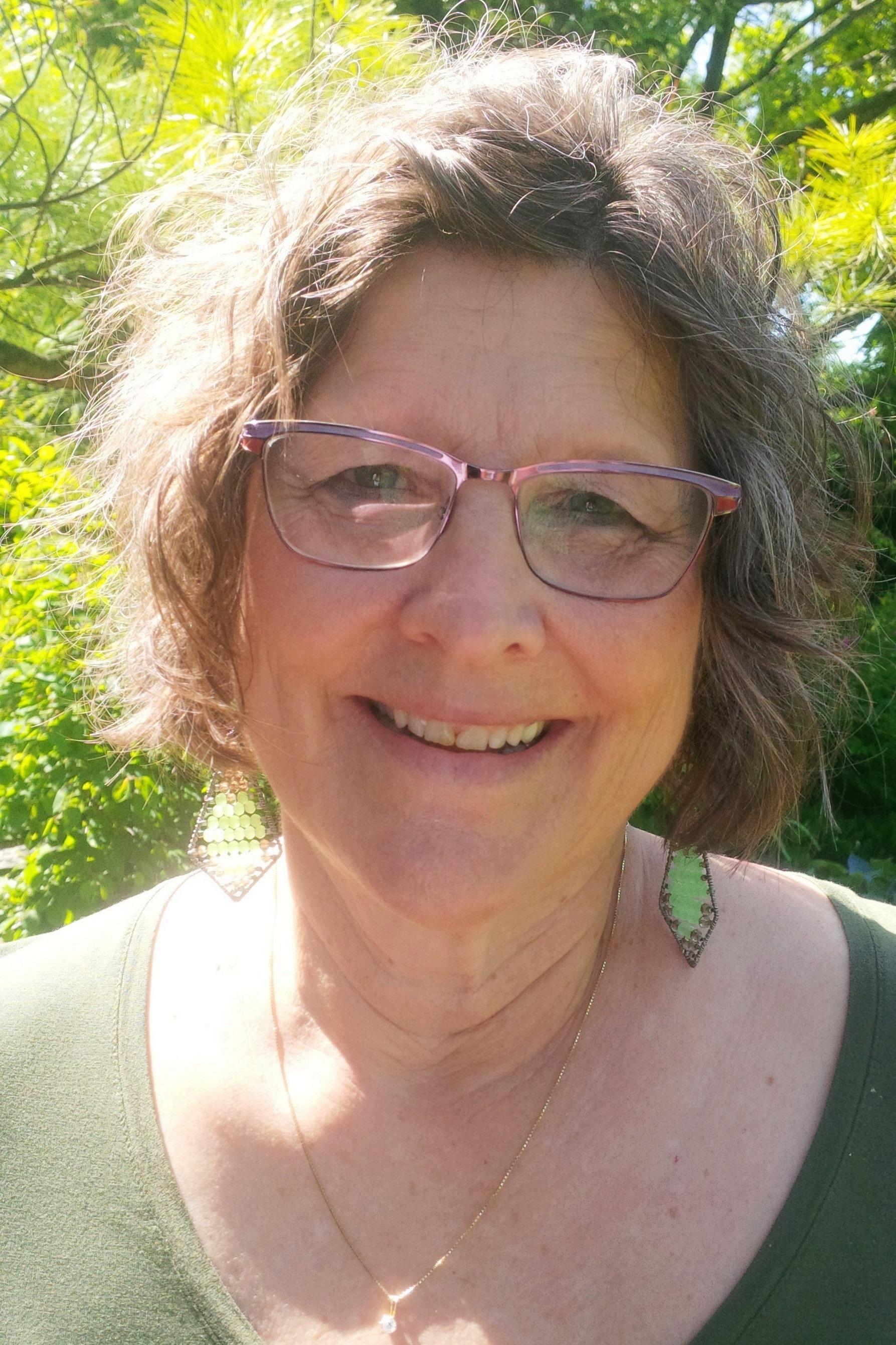 Carol Longenecker Hiestand